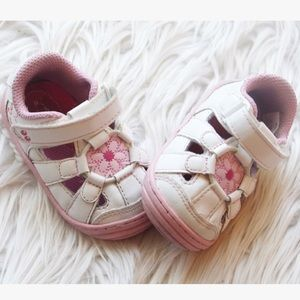 Stride Rite summer sandal 🎀